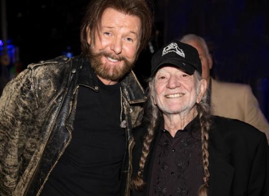 HOF Members Ronnie & Willie.